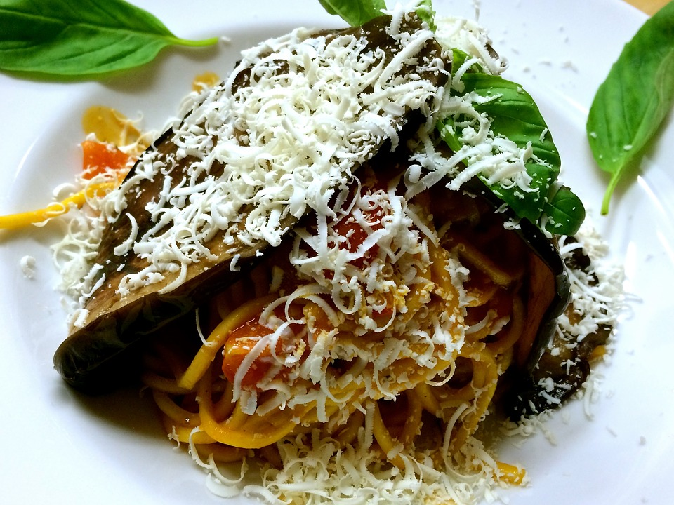Fresh Tomato and Eggplant Pasta Recipe